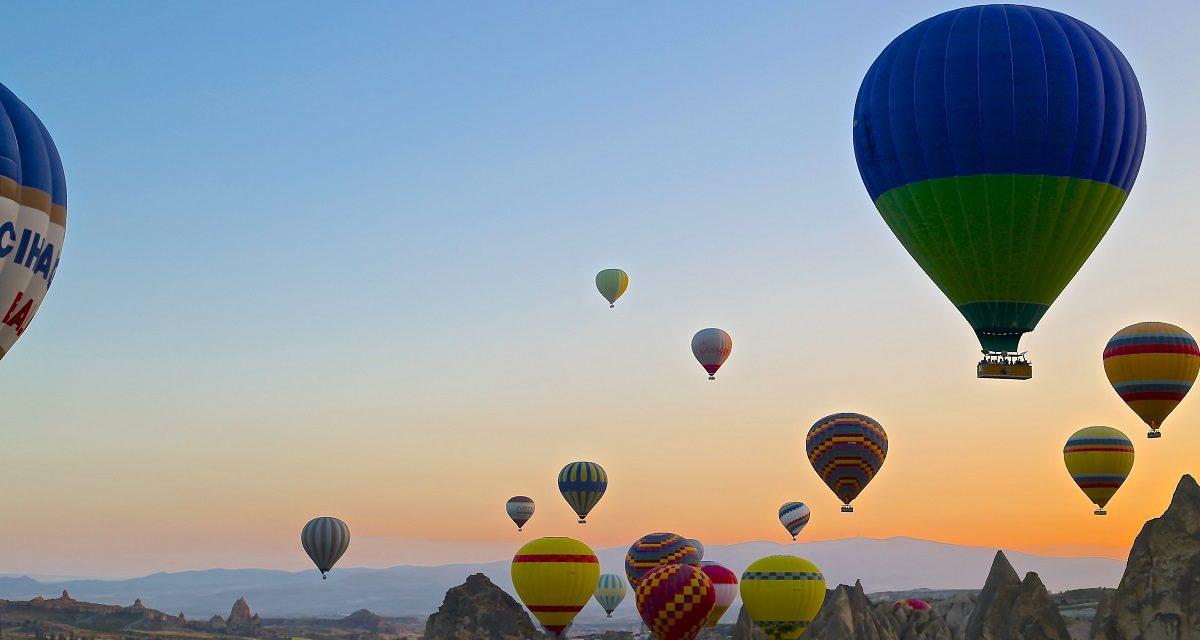 https://www.ipomehotels.com/wp-content/uploads/2020/06/Mongolfiere-delle-Cappadocia-Photo-by-Daniela-Cuevasa-on-Unsplash-1200x640.jpg
