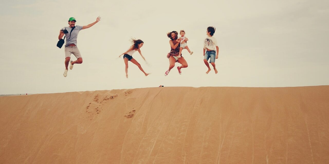 https://www.ipomehotels.com/wp-content/uploads/2021/03/Benefici-di-un-viaggio-in-famiglia-Photo-by-Juan-Cruz-Mountforda-on-unsplash-1280x640.jpg
